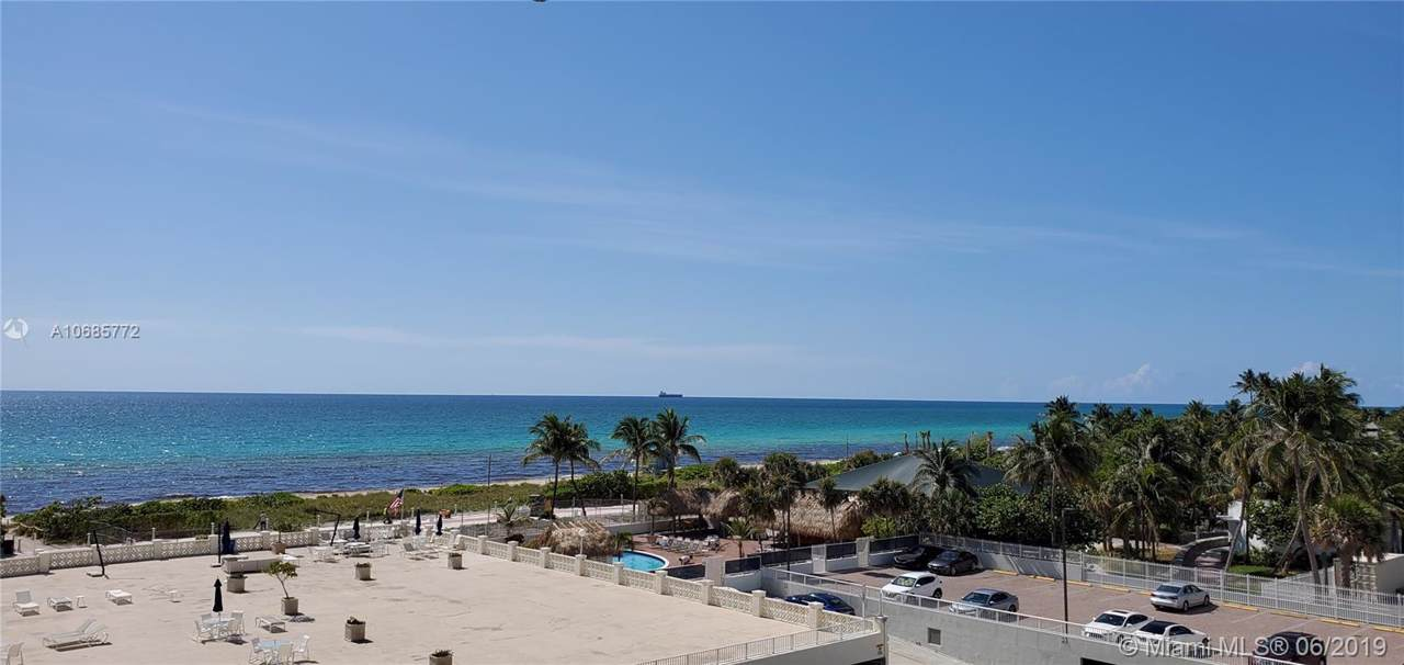 5333 Collins Ave - Photo 1