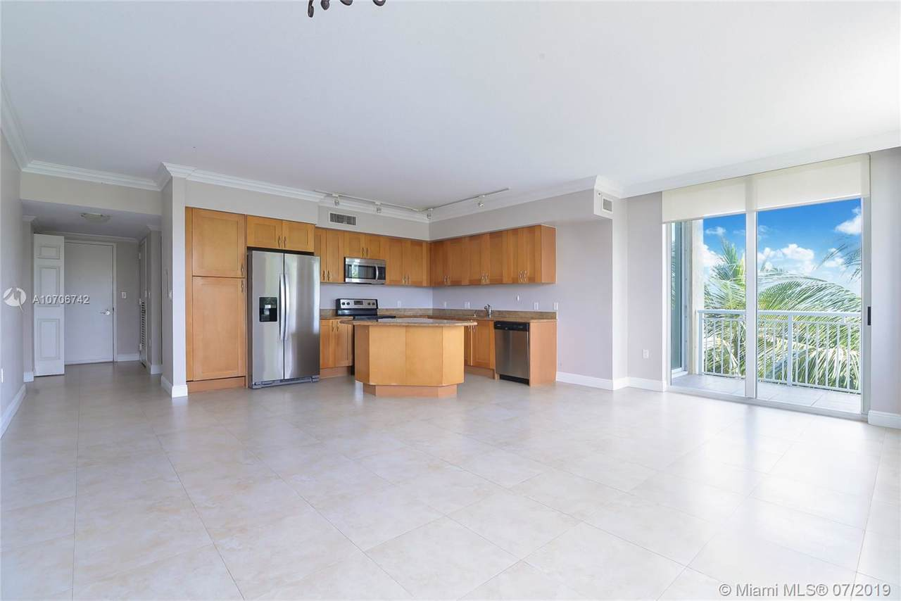 1755 Hallandale Beach Blv - Photo 1