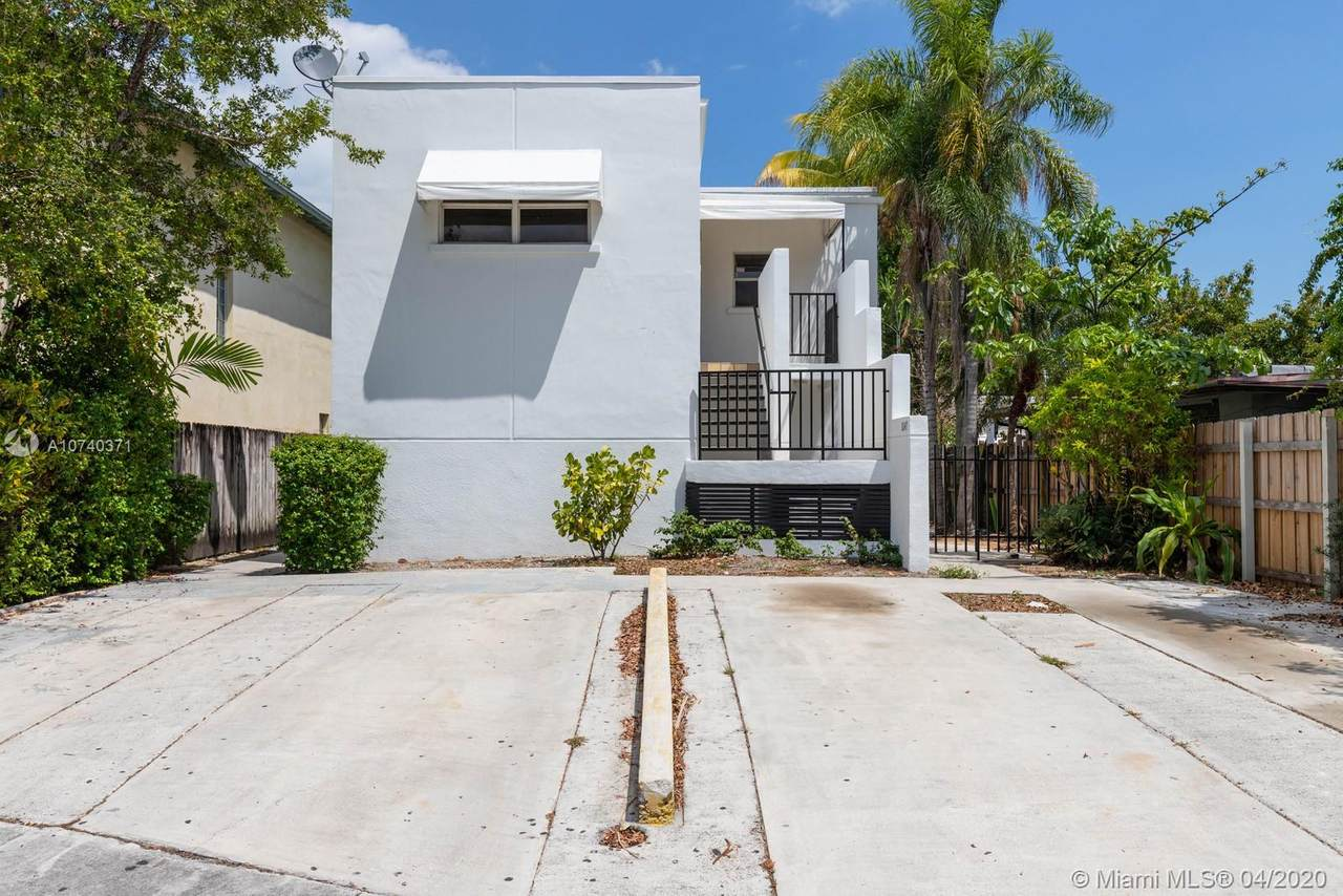 1045 25th Ave - Photo 1