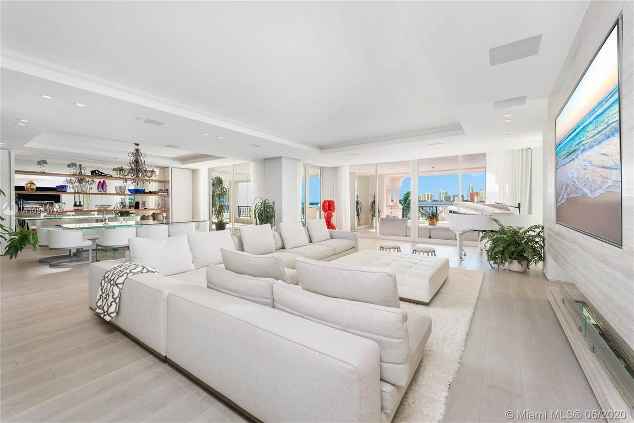 5234 Fisher Island Dr - Photo 1