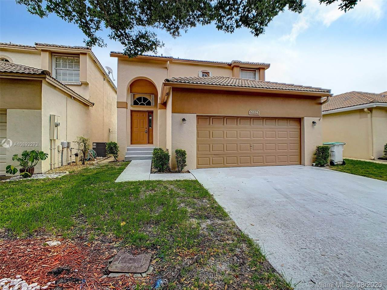 5834 Eagle Cay Cir - Photo 1