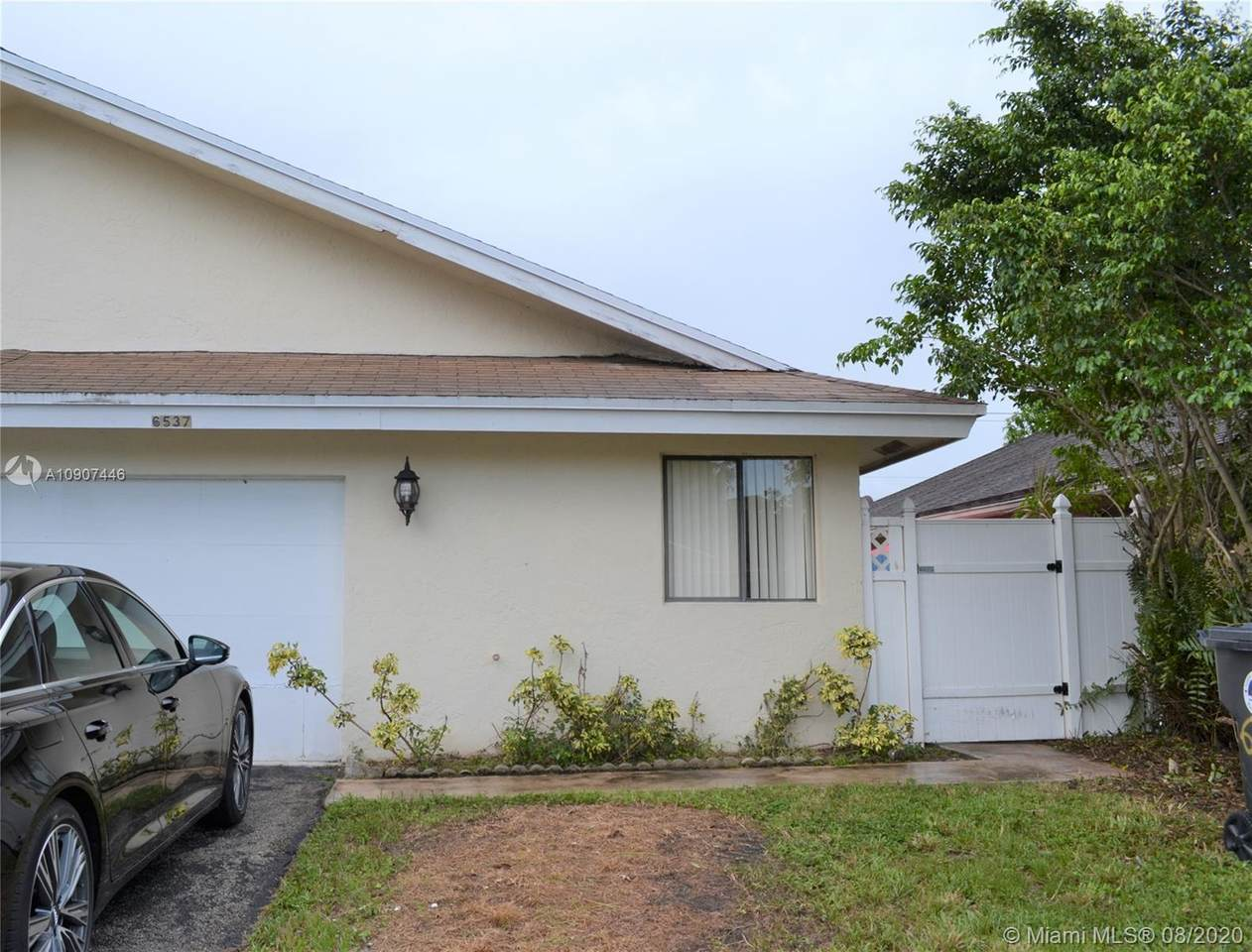 6537 Harbour Rd - Photo 1