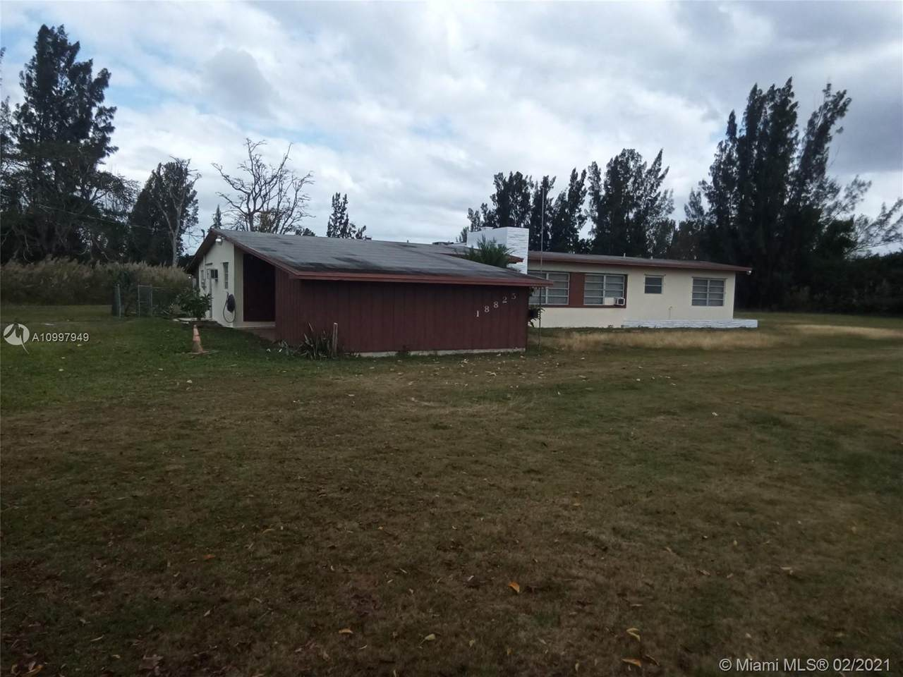 18825 147th Ave - Photo 1