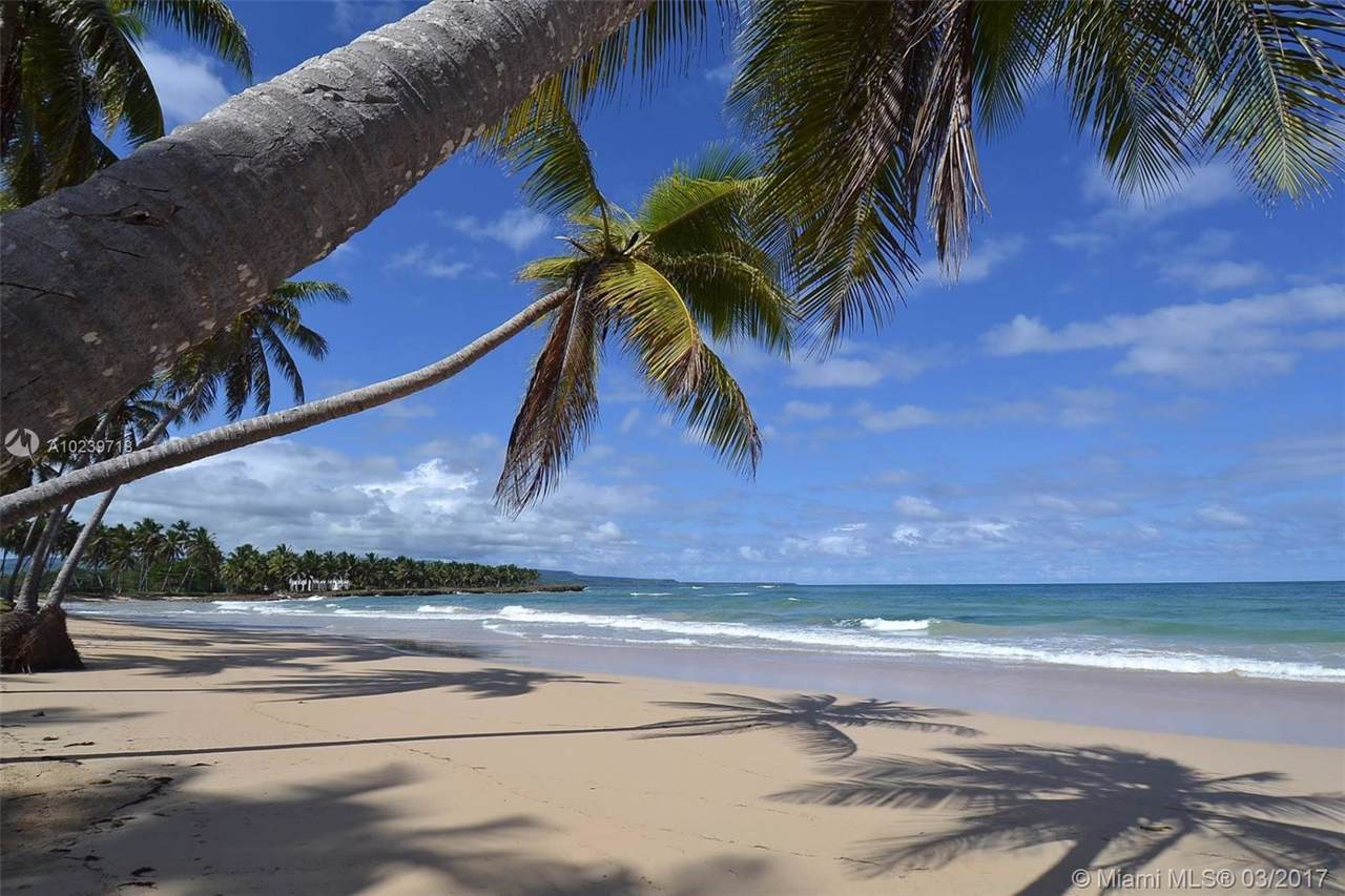 1 Baoba Beach - Photo 1