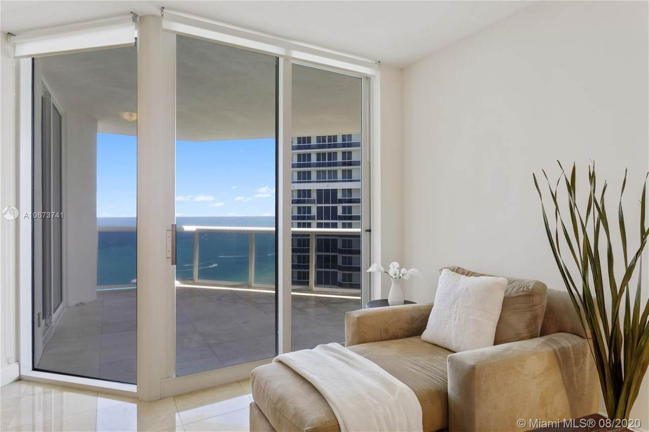 4779 Collins Ave - Photo 1