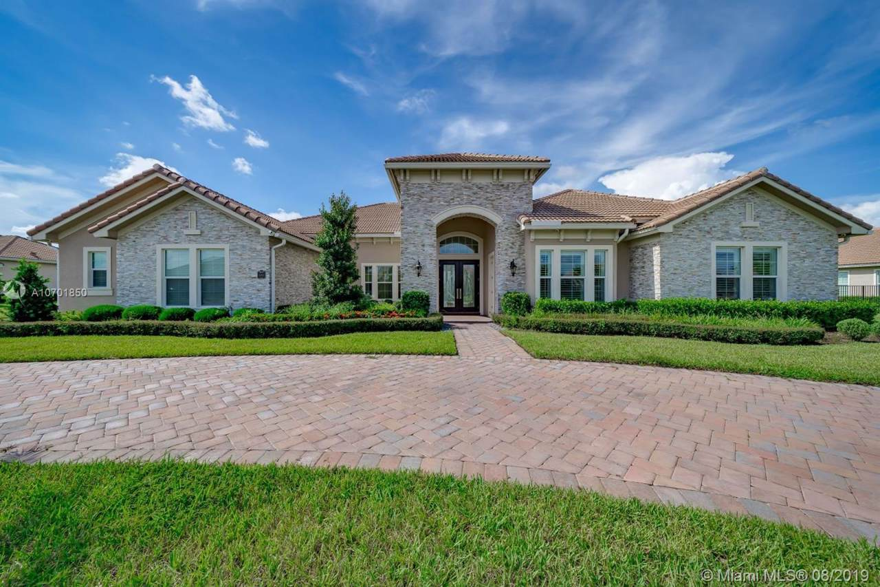 5700 Sterling Ranch Dr - Photo 1