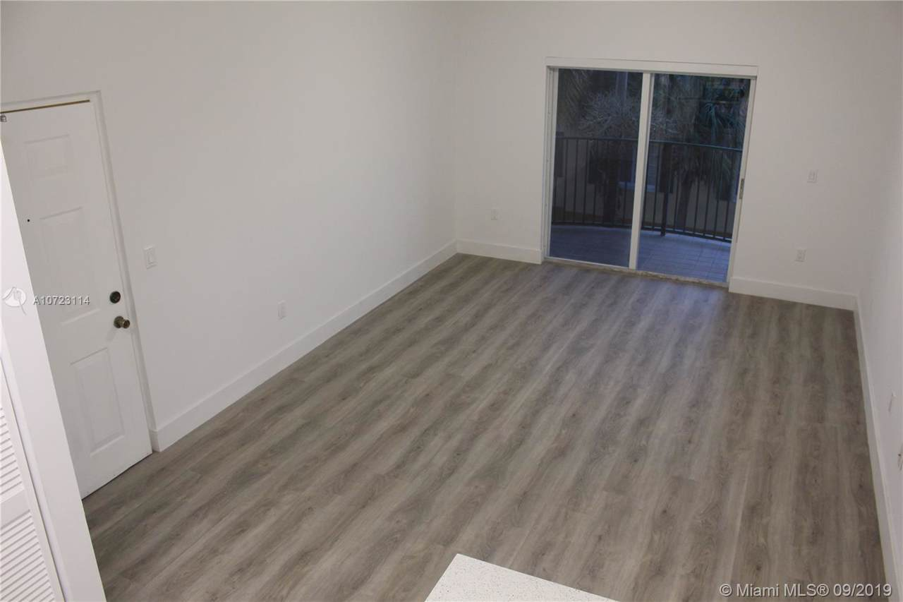 7300 114th Ave - Photo 1