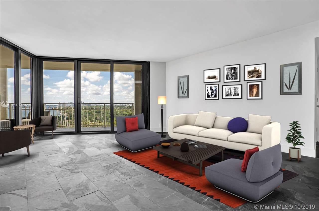 2000 Towerside Terrace - Photo 1