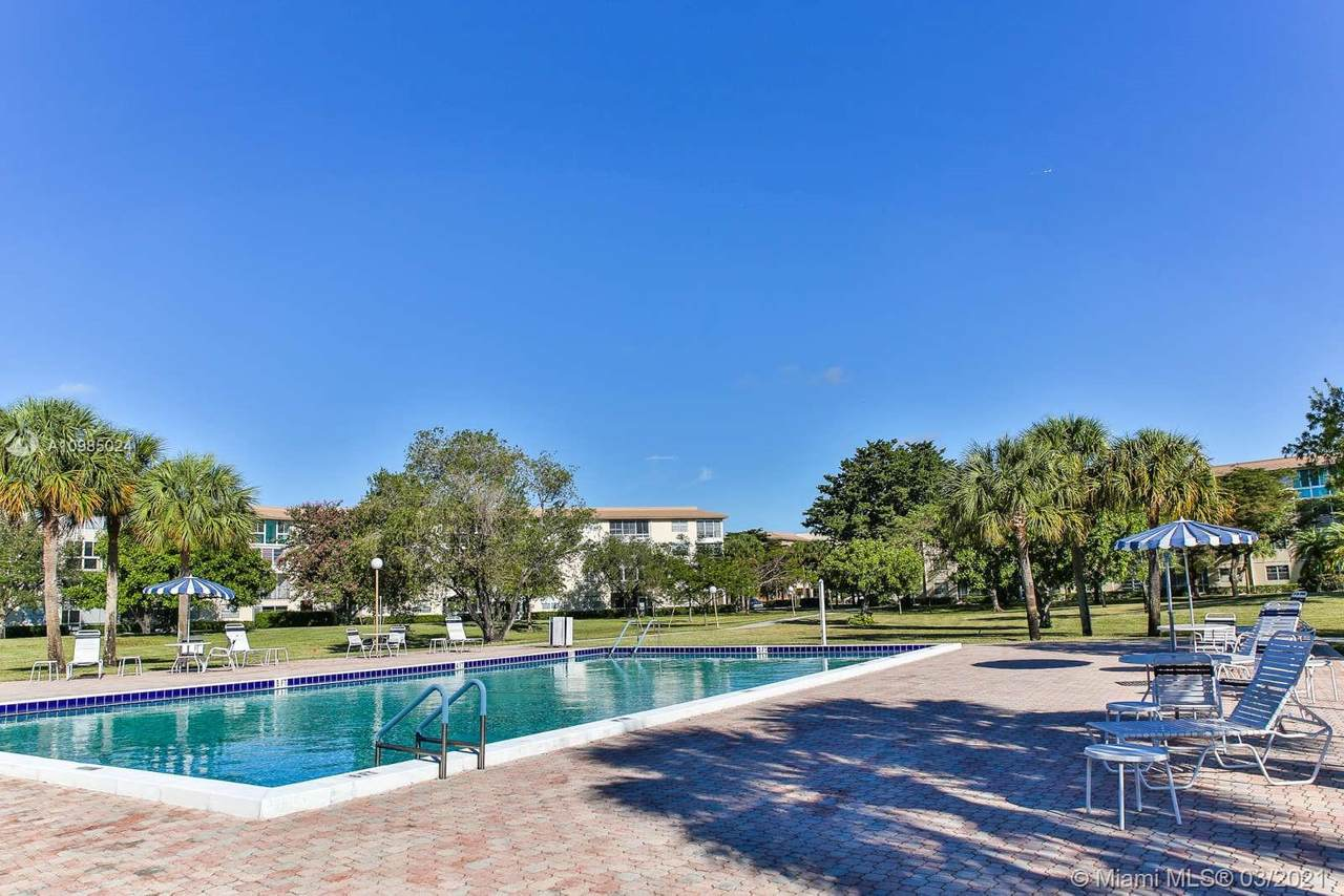 1604 Abaco Dr - Photo 1