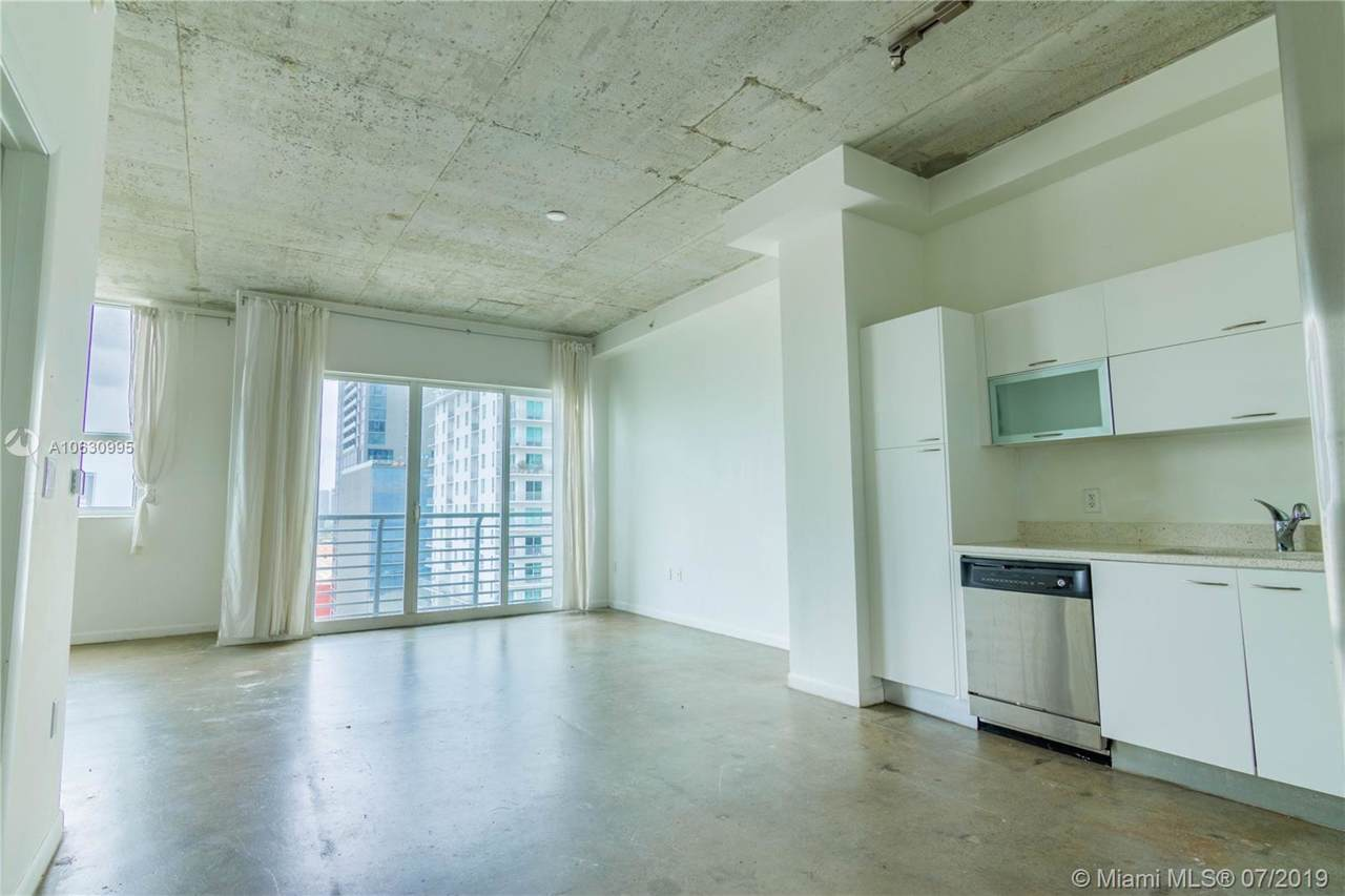 133 2nd Ave - Photo 1