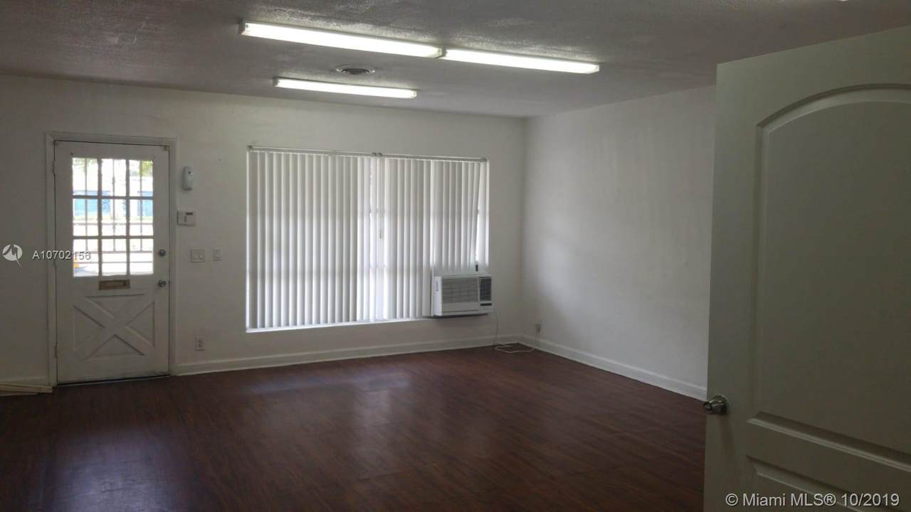 701 21st Ave - Photo 1