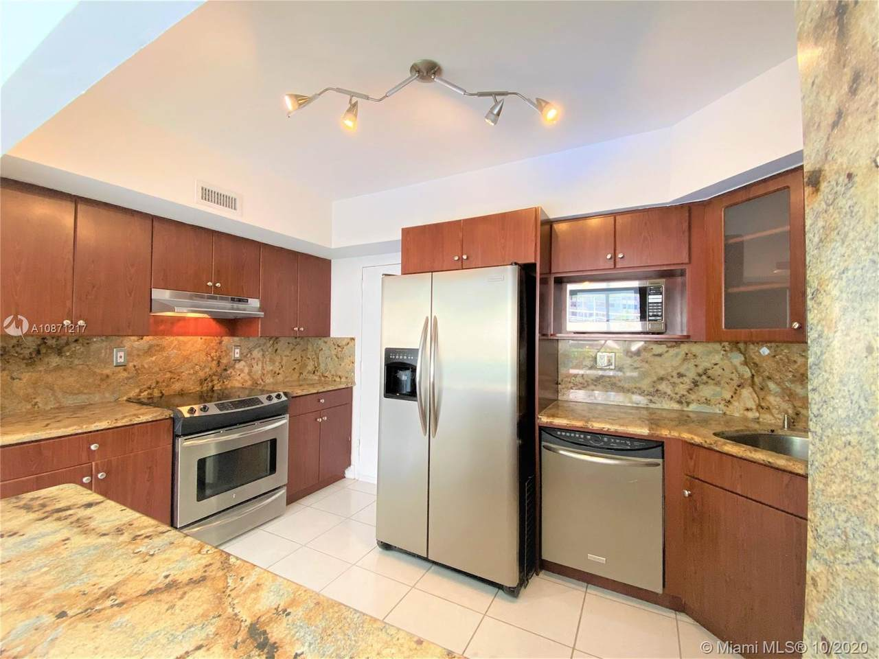 1408 Brickell Bay Dr - Photo 1