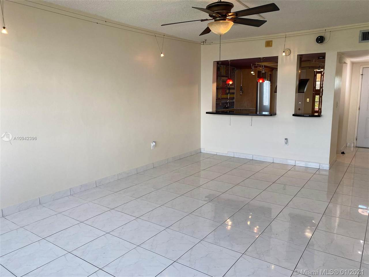 1591 Miami Gardens Dr - Photo 1