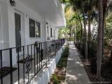 428 Collins Ave - Photo 16