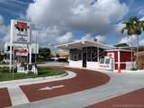 Convenience Store Hialeah - Photo 1