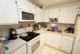 1334 Collins Ave - Photo 2