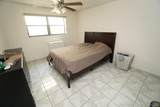 1334 Collins Ave - Photo 4