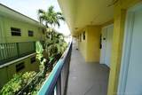 1334 Collins Ave - Photo 9