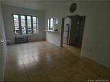 901 Collins Ave - Photo 4