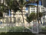 6061 Collins Ave - Photo 45