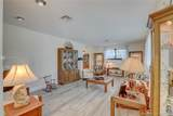 1433 8th St - Photo 4