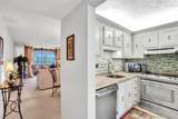 2831 Somerset Dr - Photo 3