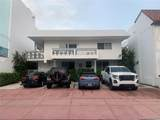 331 Collins Ave - Photo 18
