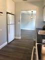 21 190th St - Photo 2