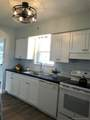 21 190th St - Photo 3