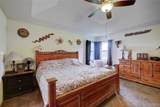 4003 Newport Cir - Photo 21