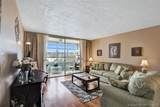 2841 Somerset Dr - Photo 3