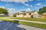 1910 43rd Ave - Photo 3