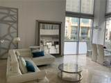 1060 Brickell Ave - Photo 3