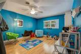 605 65th Ave - Photo 22