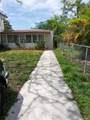 318 15th St - Photo 4