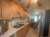 401 Collins Ave - Photo 4