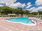 1040 Country Club Dr - Photo 3