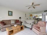 1040 Country Club Dr - Photo 8