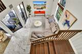 1661 107th Ave - Photo 2