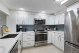 1621 Collins Ave - Photo 14