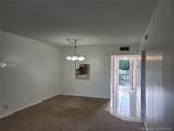 1035 Country Club Dr - Photo 10
