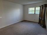 1035 Country Club Dr - Photo 14