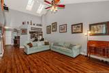 8208 Waterford Ln - Photo 10
