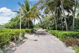 1621 Collins Ave - Photo 18