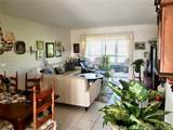 1055 Country Club Dr - Photo 4