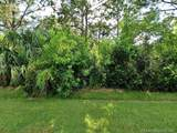 6128 Durian St - Photo 2