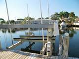 5561 Bayview Dr - Photo 45