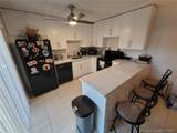 2556 Camelot Ct - Photo 2