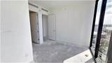 18555 Collins Ave - Photo 32