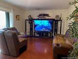 2600 Lakeview Ct - Photo 2